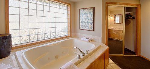 Vineyard bathtub
